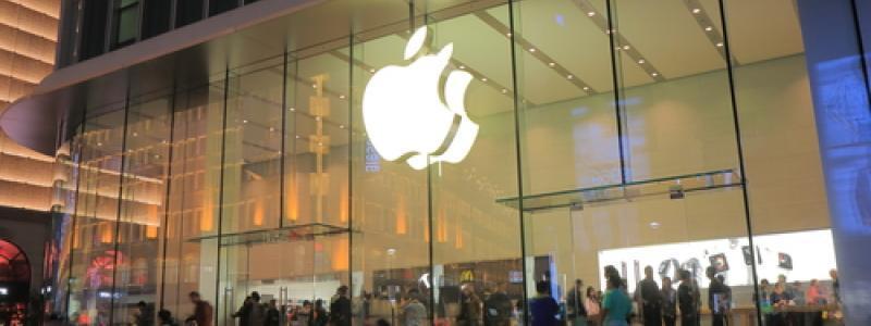 Apple Now Worth More Than $776 Billion